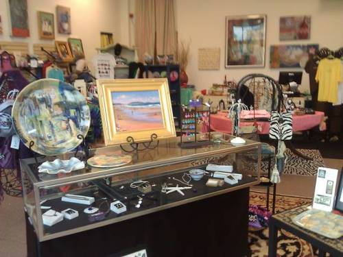 Handmade art and jewelry at 6 In the Shipyard