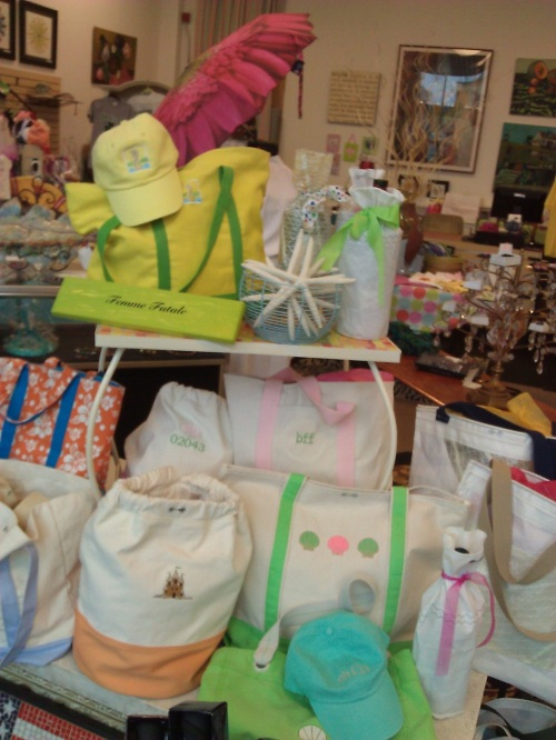 Summer custom embroidered tote bags at Hingham, MA boutique 6 In the Shipyard.